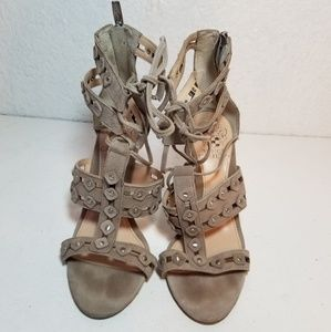 Vince Camuto heels size 6 M